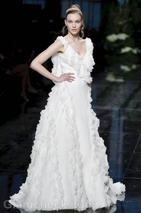 Bridal trends 2013 pronovias catwalk Spring 2013-20