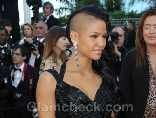 Cassie mohawk hairstyle shaved head