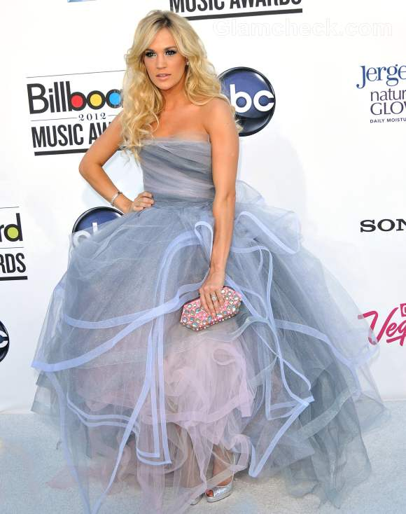 Celebrity gowns at 2012 billboard music awards carrie underwood