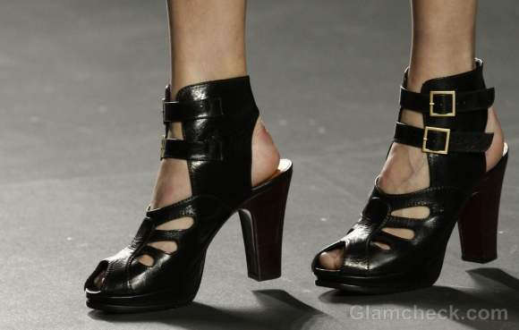 Footwear trends fall-winter 2012 ankle strap-heels-maría barros