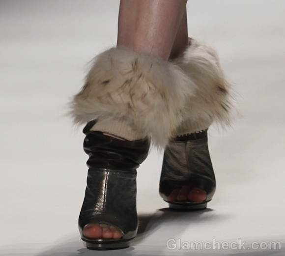 Footwear trends fall-winter 2012 pumps fur Son Jung Wan