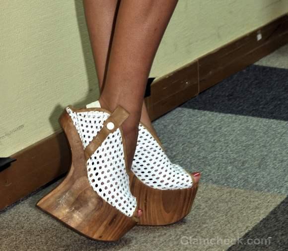 Footwear trends fall-winter 2012 wooden-wedges-dima