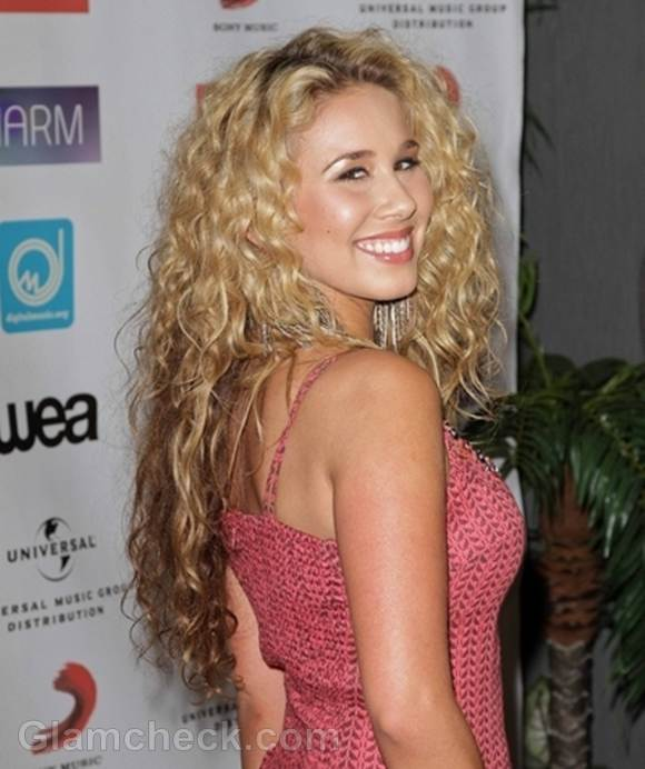 Celebrity Curly Hairstyles At Music Biz 2012 Awards Dinner