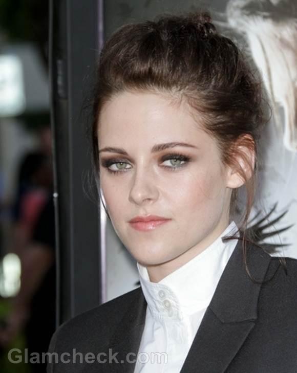 Kristen Stewart Classy in Blazer at Snow White and the Huntsman Screening