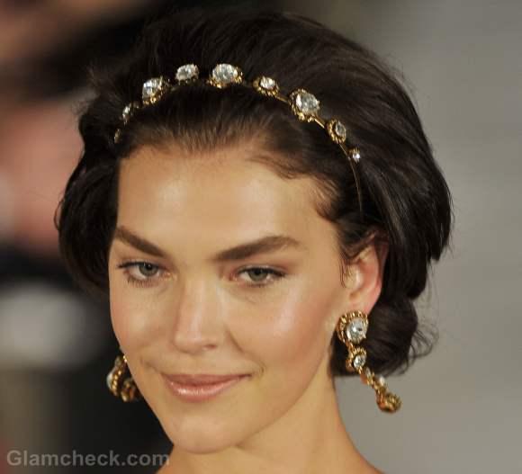 Oscar de la renta fall-winter 2012 vintage hair accessories-2