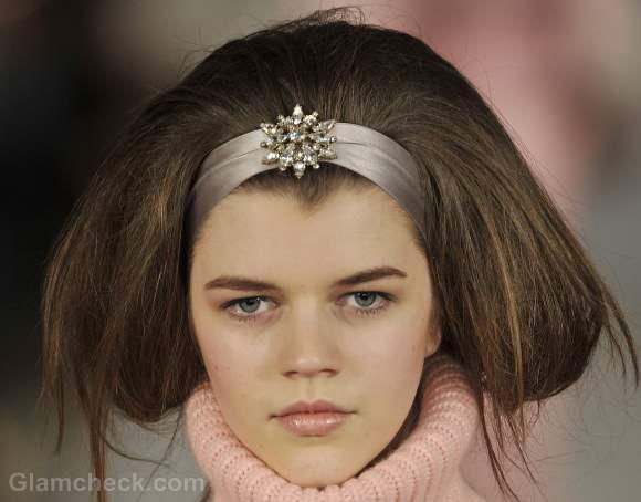 Oscar de la renta fall-winter 2012 vintage hair accessories-3