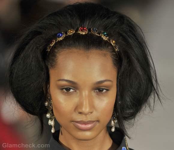 Oscar de la renta fall-winter 2012 vintage hair accessories-4