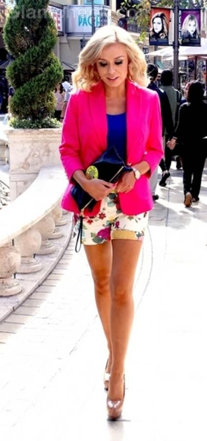 Street style floral shorts Katherin Jenkins