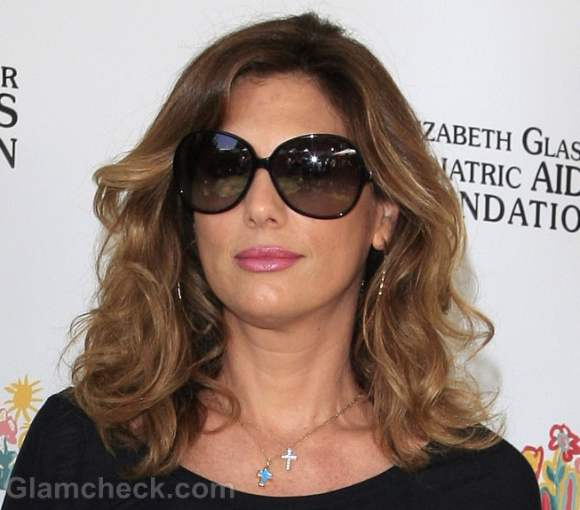 Daisy Fuentes-makeup hairstyle