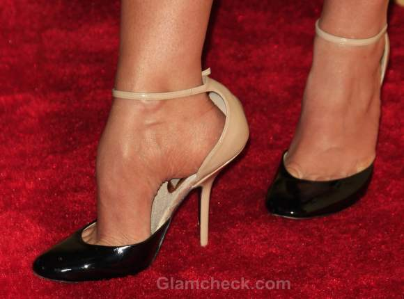Fashion faux pas stana katic poor fitting heels
