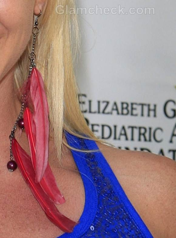 Feather earrings jodi tiahrt