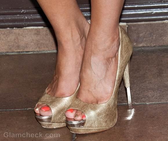 Golden Peep-Toe Heels Drita DAvanzo