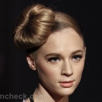 Hairstyle how to side ballerina bun-sock bun