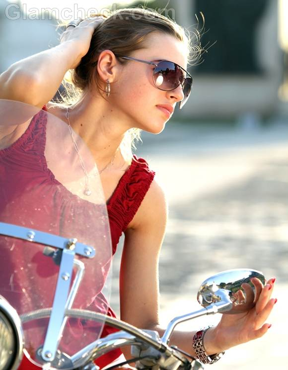 Style Picture how wear red white