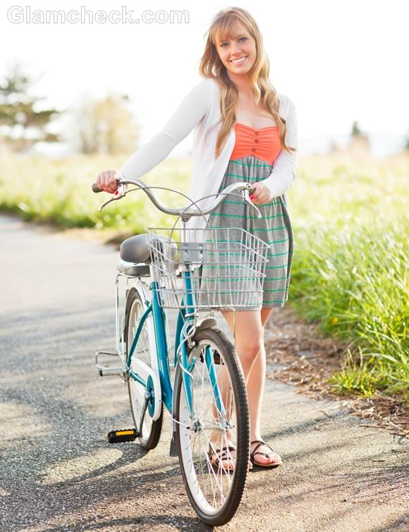 Style picture tube dress flirty look