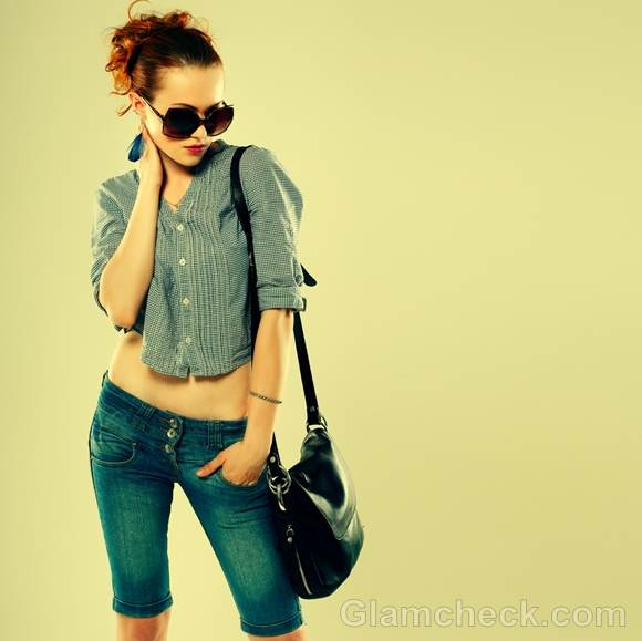 Style pictures fine checked cropped shirt blue denim shorts