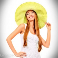 Style pictures white crochet shift dress with hat