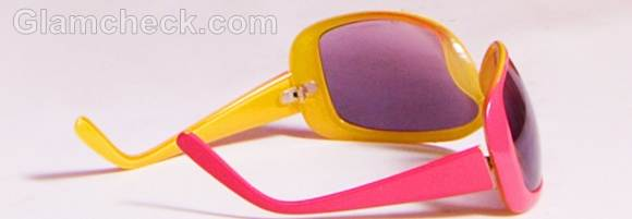 tropical sunglasses rock the look