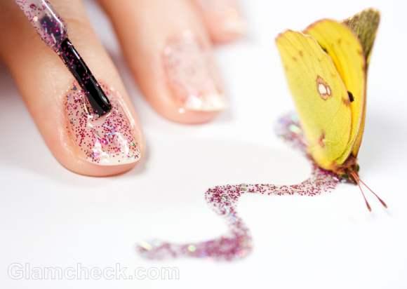 How Apply Glitter Nail Polish