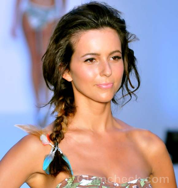 voluminous messy side plait Hairstyle how to