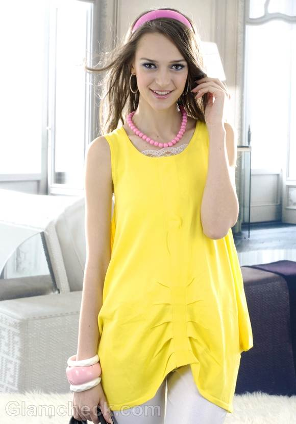 yellow tunic summer look