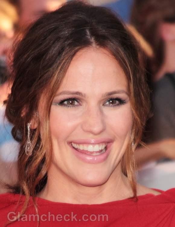 Jennifer Garner elegant hair and makeup