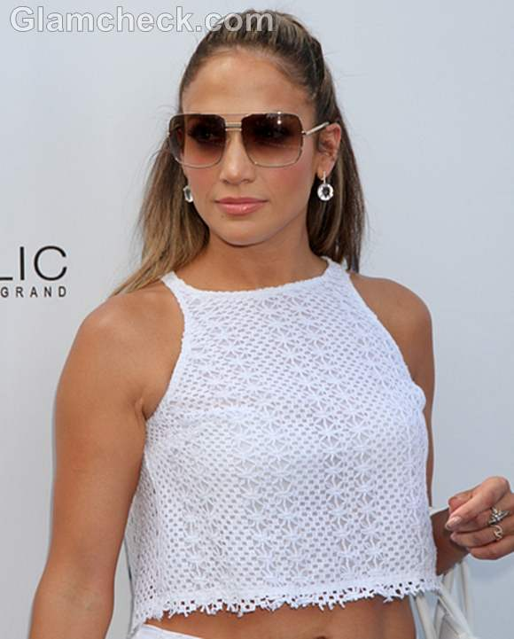 Jennifer Lopez in Shorts and Cropped Top
