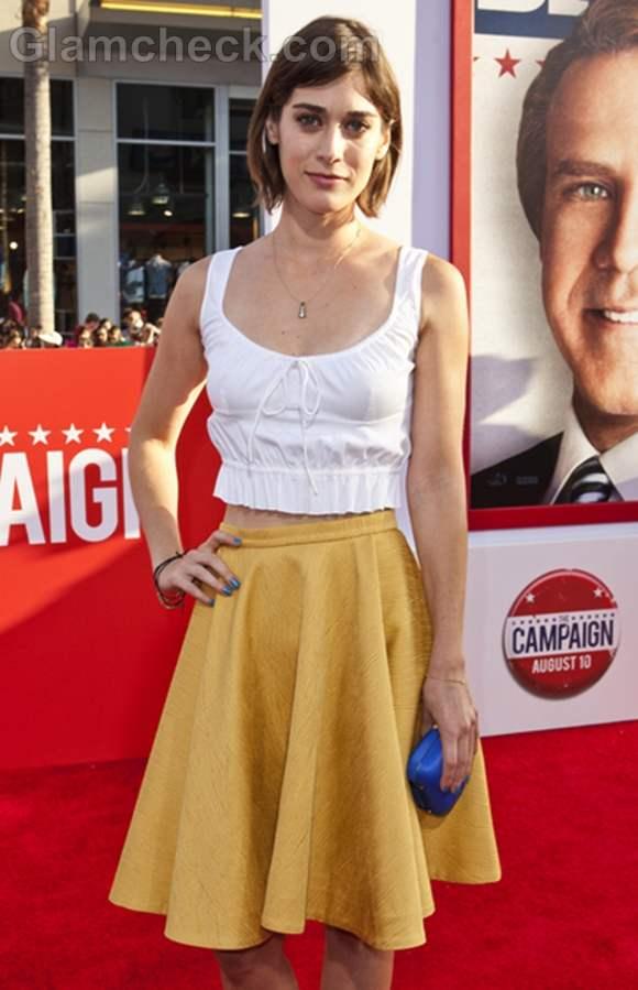Lizzy Caplan yellow skirt