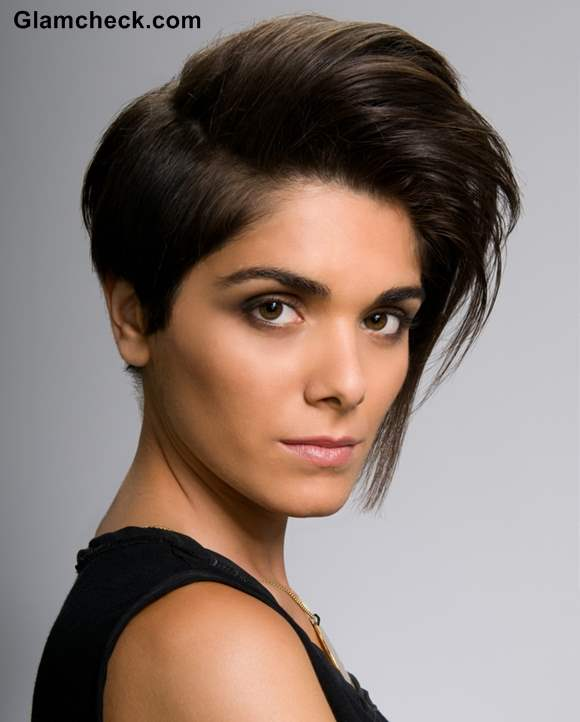 Short Haircuts for Women monsoon hairstyle