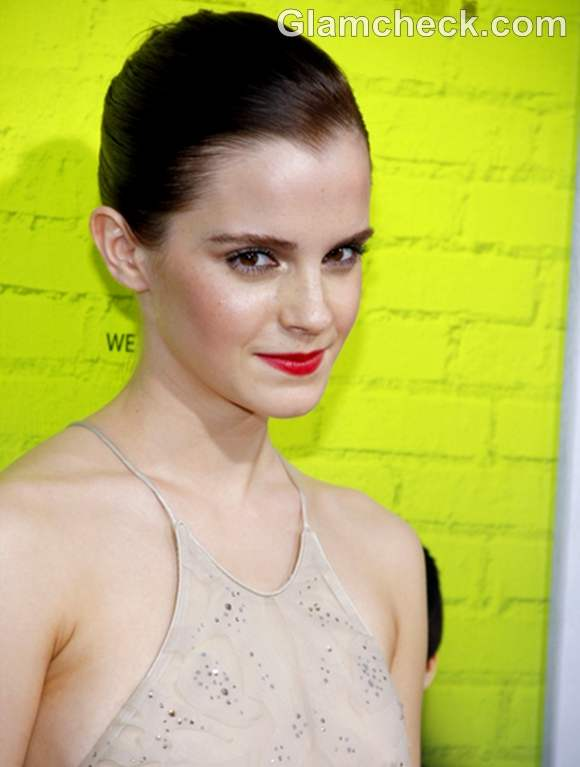 Emma Watson re lips makeup The Perks of Being a Wallflower Premiere