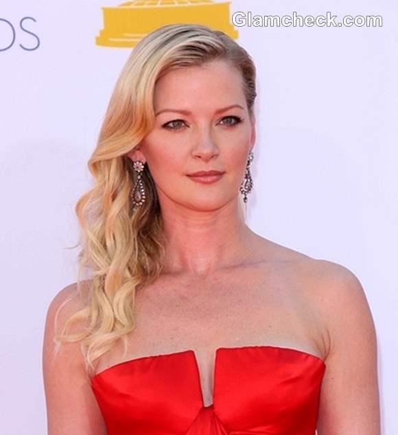 Gretchen Mol Side Swept Curls Hairstyle
