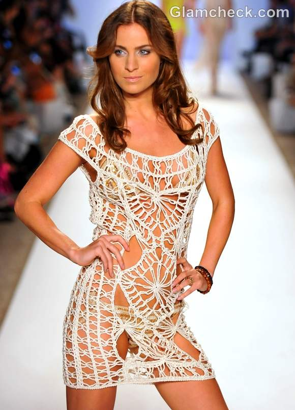 Style pick crochet beach cover-up Anna Kosturova s-s-2013
