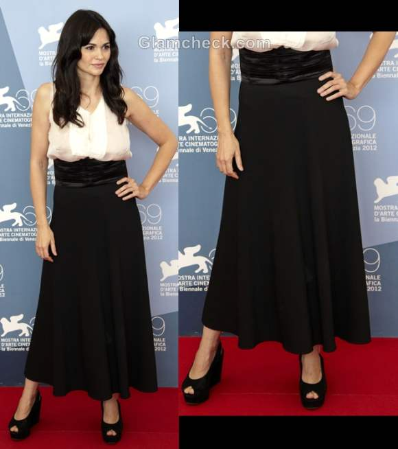 Style wearing long skirts Romina Mondello