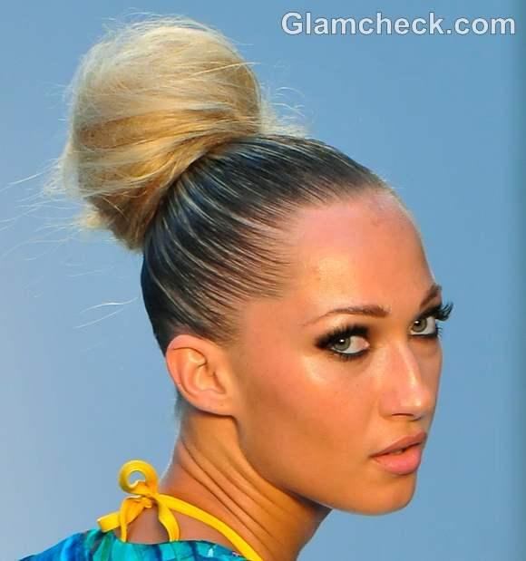 Pleasing Hairstyle How To Fluffy Top Knot Bun Short Hairstyles Gunalazisus