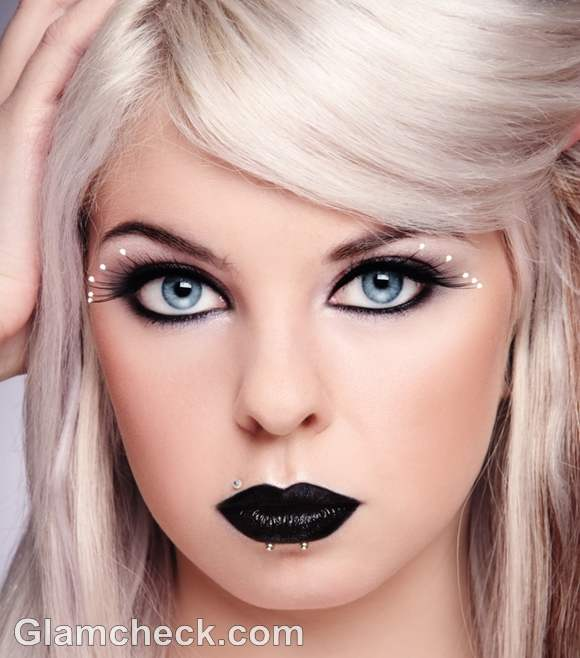 gothic makeup looks-5
