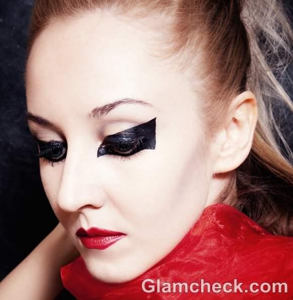gothic makeup looks-7