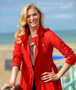 Jodie Kidd Sports Stylish Walking Outfit on Stroll with Dogs