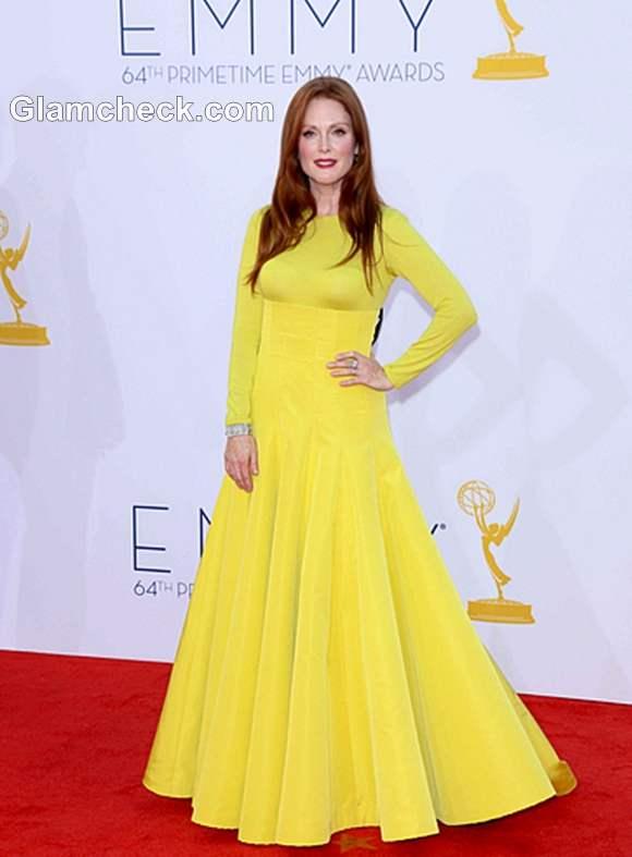 yellow gown 2012 Julianne Moore