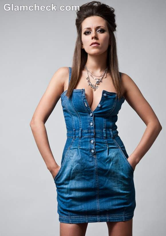 How to wear denim dress to party