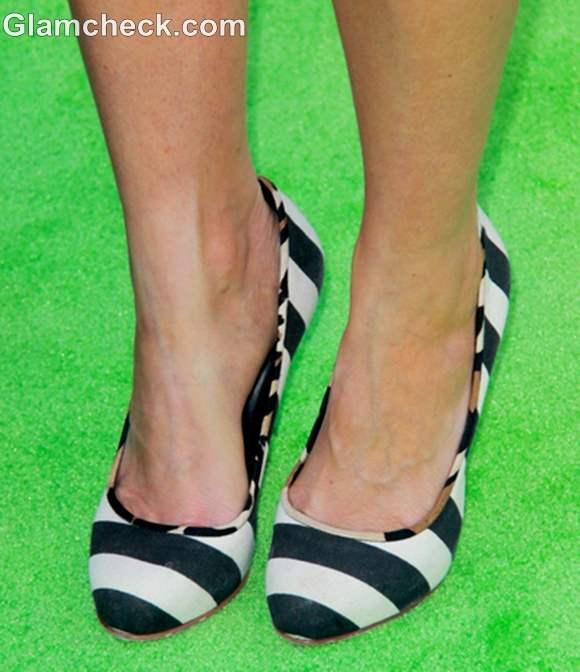 celebrity footwear Amy Smart