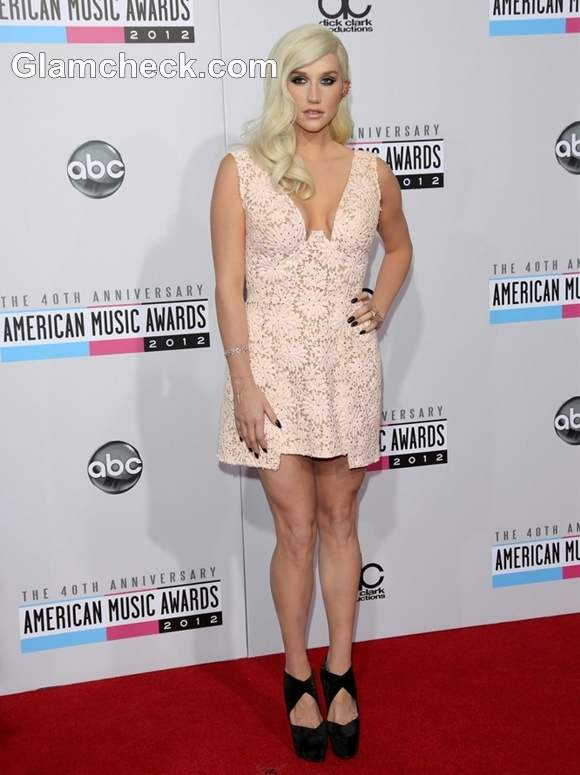Kesha  American Music Awards 2012
