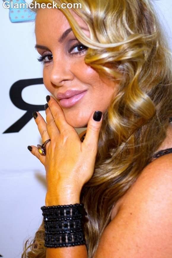 Robin Arcuri Glam Makeup in Natural Tones