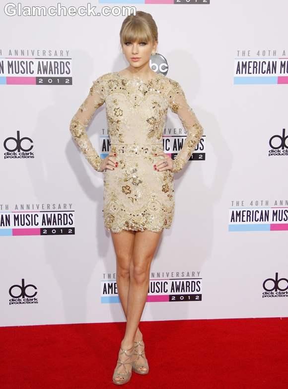 Taylor Swift dress 40th Annual American Music Awards 2012