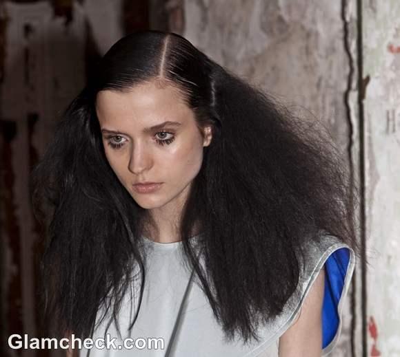 Cynthia Rowley Spring-Summer 2013  Dual Textured Hair and Bold Lashes