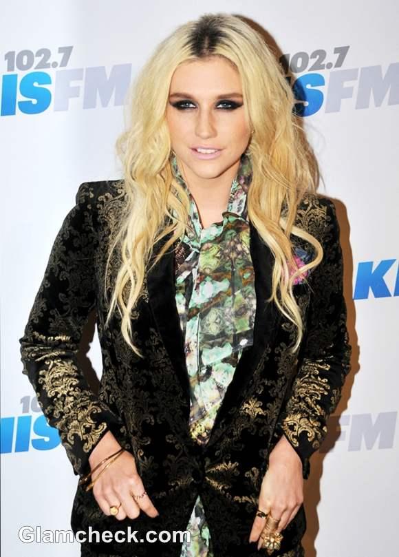 Kesha at Jingle Ball 2012