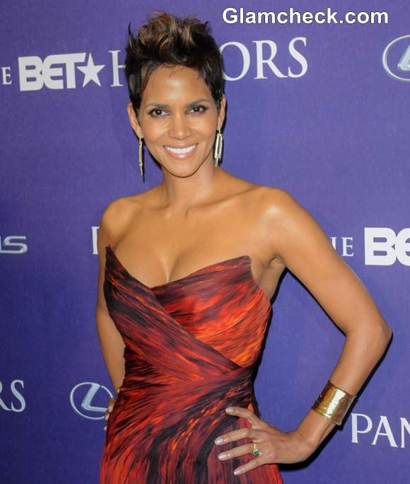 Halle Berry Sizzles In Low-Cut Scarlet Gown At BET Honors 2013