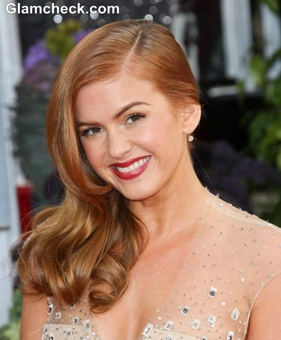 Isla Fisher Hairstyle at 70th Anuual Golden Globe Awards