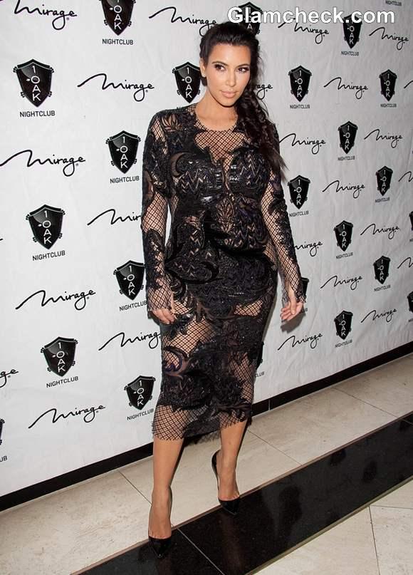 Who s that girl kim kardashian in a see through lace dress at vegas