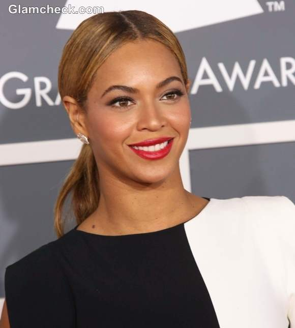 Beyonce Hairstyle at 2013 Annual Grammy Awards