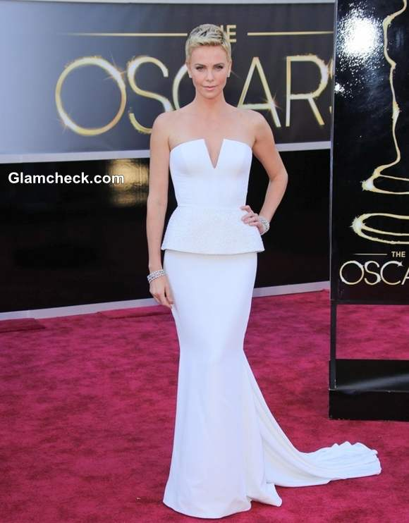 Charlize Theron gown at Oscars 2013